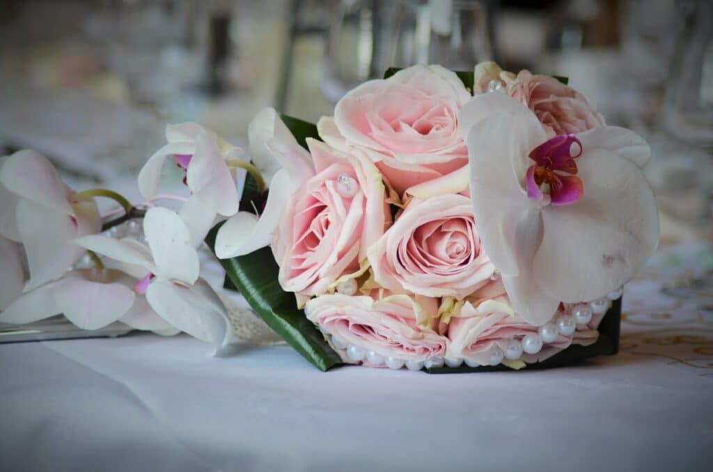 μπουκετο λουλουδια γαμου